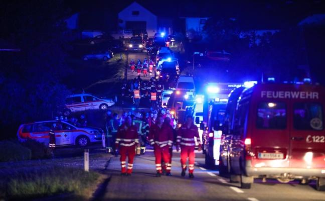 Zwei Tote und 120 Verletzte: Sturm fegt Festzelt in St. Johann am Walde weg