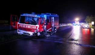 Alkolenker verursacht in Micheldorf in Oberösterreich schweren Verkehrsunfall mit acht Verletzten