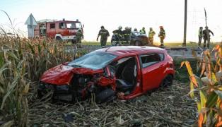 Drei teils Schwerverletzte bei Verkehrsunfall auf der Sierninger Straße in Schiedlberg