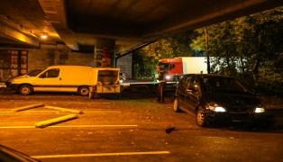 Crash zwischen LKW und PKW in Wels-Pernau fordert eine verletzte Person