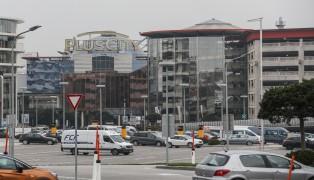Erneut Unfall mit Glastüre in einem Einkaufszentrum in Pasching