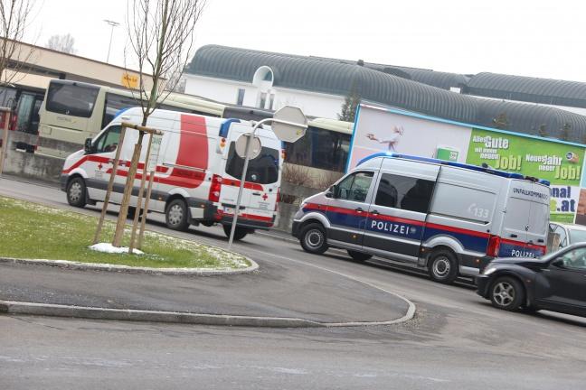 Kind bei Verkehrsunfall in Wels-Lichtenegg leicht verletzt