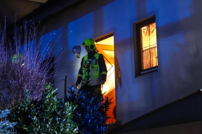 Küchenbrand in Neuhofen an der Krems vor Eintreffen der Feuerwehr gelöscht