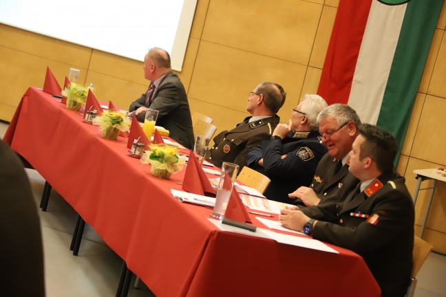 Vollversammlung der Feuerwehr Weißkirchen an der Traun