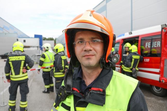 Großeinsatz bei Gefahrstoffaustritt in Traun