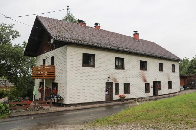 Mordversuch: Vier Personen entkamen Brand in einem Haus in Frankenburg am Hausruck
