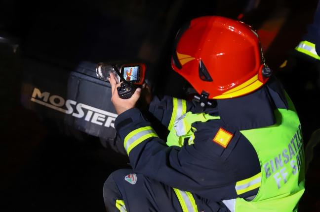 Überhitzte Bremsen eines LKW sorgen für Einsatz auf Pyhrnautobahn bei Sattledt