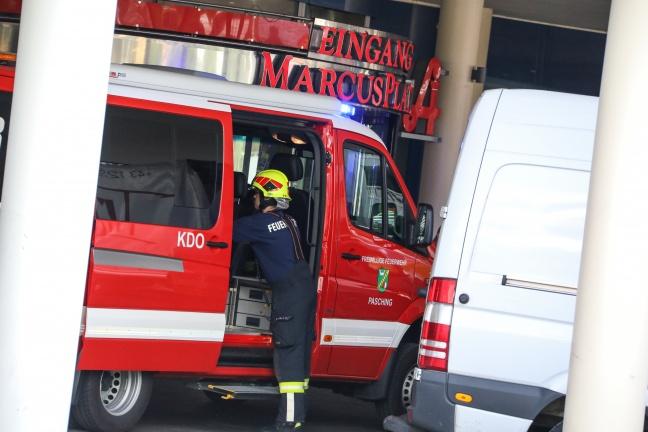 Brand in Küche eines Lokals in Einkaufszentrum in Pasching