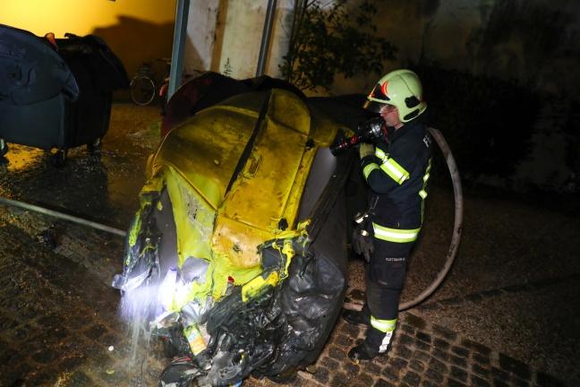 Brand im Müllraum eines Wohnhauses in Wels-Innenstadt