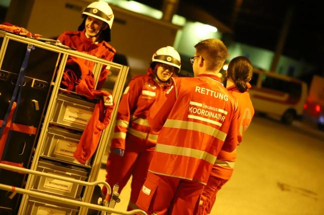 Großangelegte Einsatzübung im Kalvarienbergtunnel an der Westbahnstrecke in den Nachtstunden