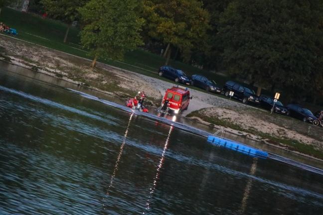Personensuche mit Tauchern und Booten im Pichlingersee in Linz