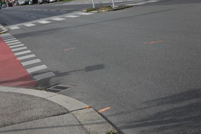 Motorradlenker nach schwerem Unfall in Linz-Neue Heimat im Krankenhaus gestorben