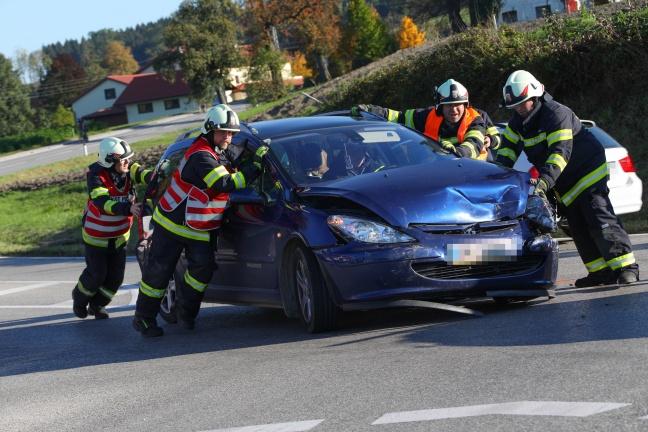 Neuerlicher Kreuzungscrash in Krenglbach endet glimpflich