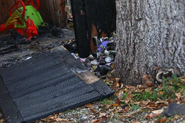 Mülltonnenbrand auf Holzzubau eines Hauses in Stadl-Paura übergegriffen