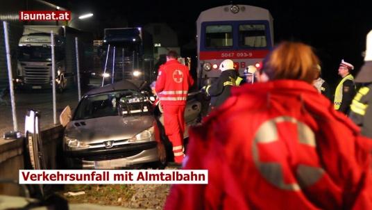 Verkehrsunfall mit Almtalbahn