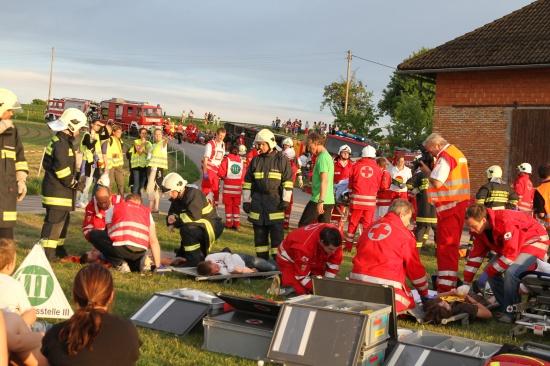 Viele Einsatzkräfte bei bezirksübergreifender Großübung in Piberbach