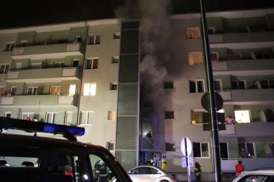 Fünf Verletzte bei Kellerbrand in Welser Mehrparteienhaus