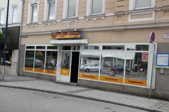 Wettbüro im Welser Stadtteil Neustadt überfallen