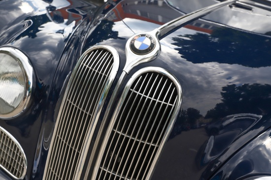 BMW soweit das Auge reicht bei BMW-Treffen in Wels-Lichtenegg