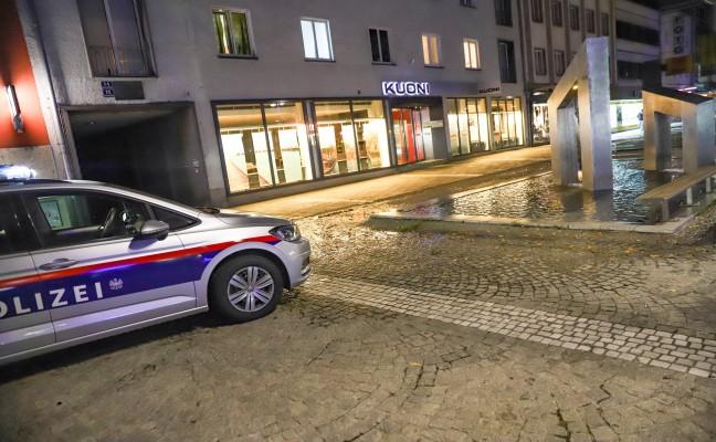 Überlaufender Brunnen in Wels-Innenstadt sorgt für Einsatz