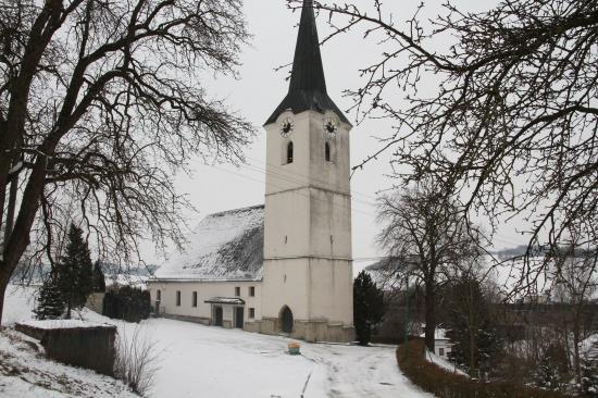 Tödlicher Arbeitsunfall mit Müllwagen bei Wallfahrtskirche in Kematen am Innbach