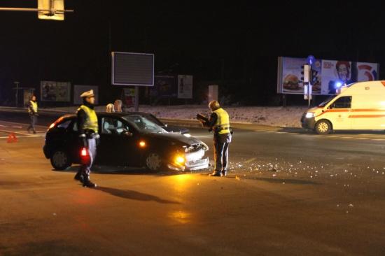 Verkehrsunfall im Kreuzungsbereich endet relativ glimpflich