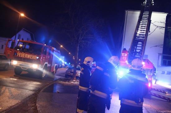 Brandverdacht bei Schulgebäude der Neuen Mittelschule im Welser Stadtteil Pernau