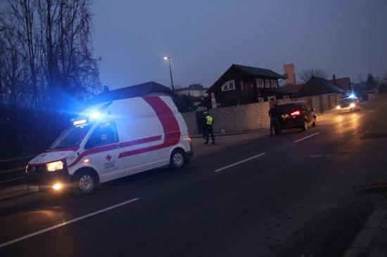 Radfahrer bei Unfall im Kreuzungsbereich in Wels verletzt