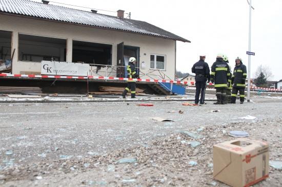 Schwerverletzter bei Explosion in einer Werkshalle in Kematen am Innbach