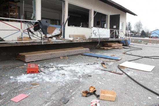 Bedienungsfehler beim Gasflaschentausch Ursache für schwere Explosion