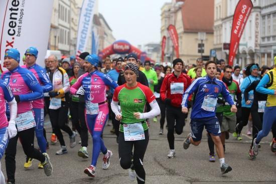 8. Welser Silvesterlauf zum Jahresabschluss in der Welser Innenstadt
