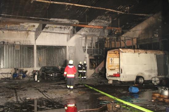 Ursache für Werkstätten-Großbrand vermutlich technischer Defekt