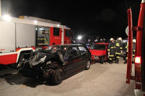 Verkehrsunfall in Krenglbach sorgt für Verkehrsbehinderungen