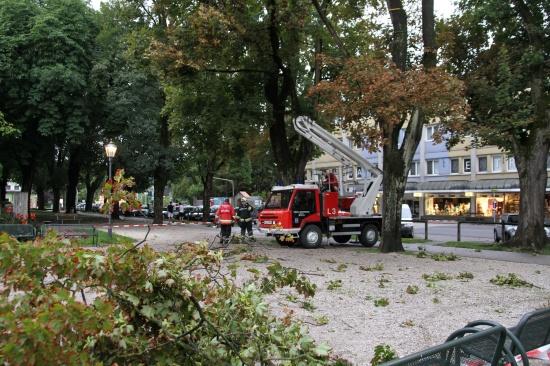 Feuerwehreinsatz nach Gewitter mit starken Sturmböen