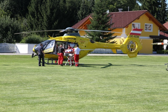 Hubschraubereinsatz nach schwerer Stichverletzung in Bad Wimsbach