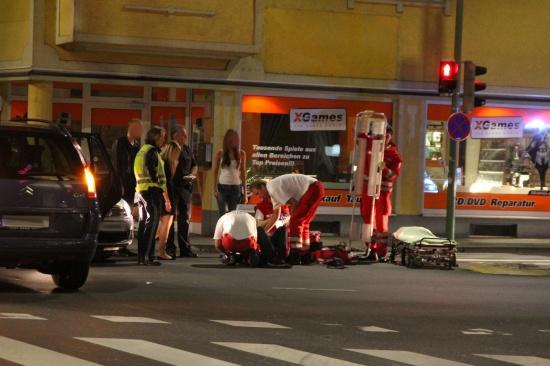 Schwerer Verkehrsunfall mit Radfahrer im Kreuzungsbereich