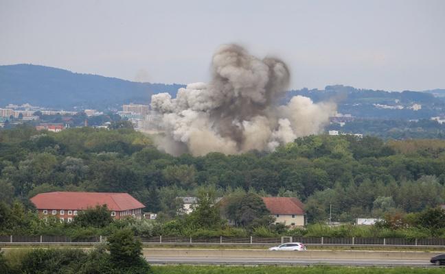 Sprengung einer 250kg-Fliegerbombe in Linz-Ebelsberg