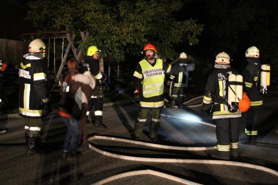 Feuerwehren übten Brand eines Ponyhofes