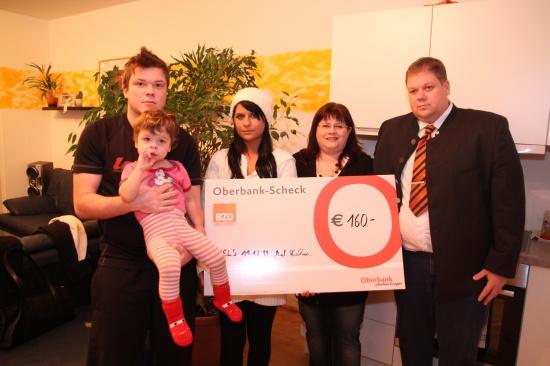 BZÖ-Team überreichte Spende für die am Williams-Beuren-Syndrom erkrankte Selina